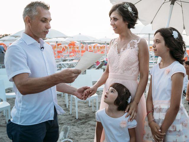 Il matrimonio di Emiliano e Valentina a Cesenatico, Forlì-Cesena 39