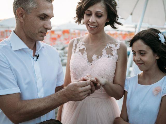 Il matrimonio di Emiliano e Valentina a Cesenatico, Forlì-Cesena 43