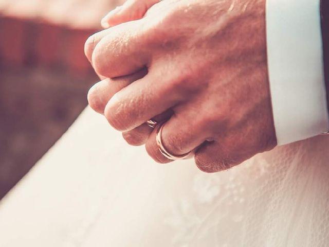 Il matrimonio di Mattia e Lucia a Aulla, Massa Carrara 15