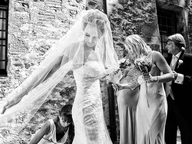 Il matrimonio di Adrian e Zenna a Livorno, Livorno 33