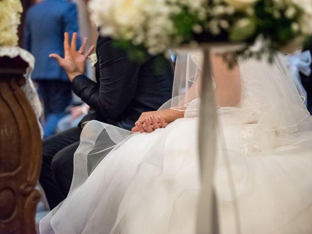 Il matrimonio di Davide e Simona a Canelli, Asti 30