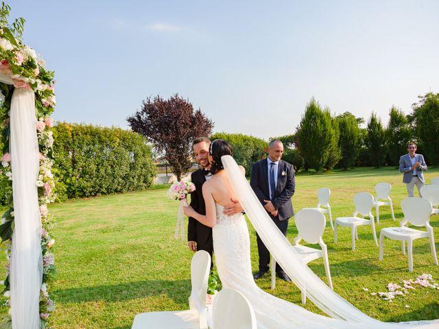 Il matrimonio di Luigi e Raffaella a Guardamiglio, Lodi 8
