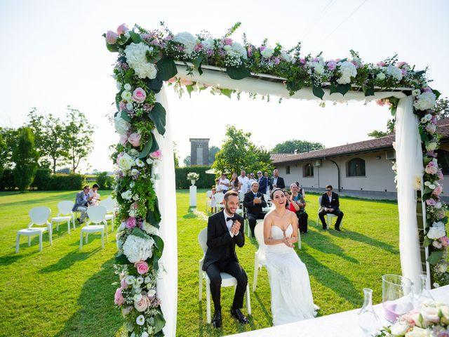 Il matrimonio di Luigi e Raffaella a Guardamiglio, Lodi 16