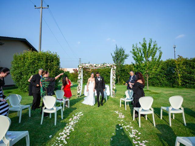 Il matrimonio di Luigi e Raffaella a Guardamiglio, Lodi 17