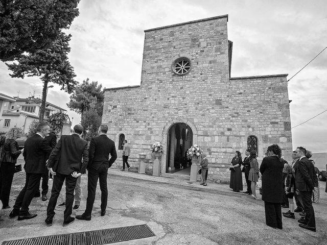 Il matrimonio di Ivan e Barbara a Nereto, Teramo 28