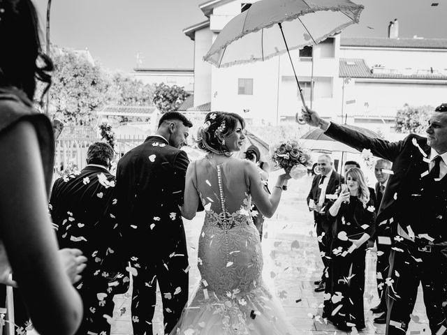 Il matrimonio di Naomi e Francesco a Ardore, Reggio Calabria 32
