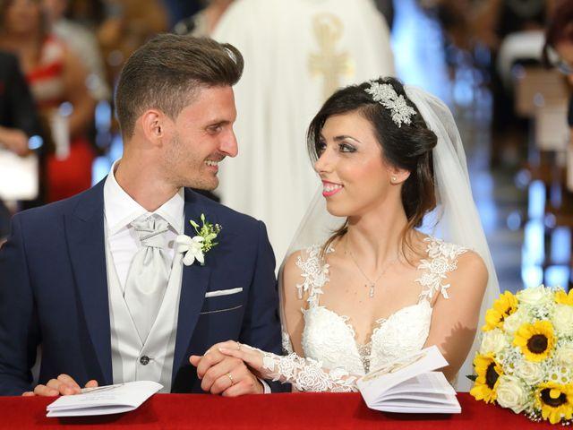Il matrimonio di Vincenzo e Adriana a Vittoria, Ragusa 6