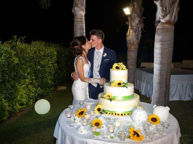 Il matrimonio di Vincenzo e Adriana a Vittoria, Ragusa 30
