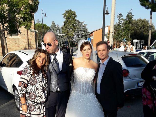 Il matrimonio di Simone  e Loretta  a Riccione, Rimini 15