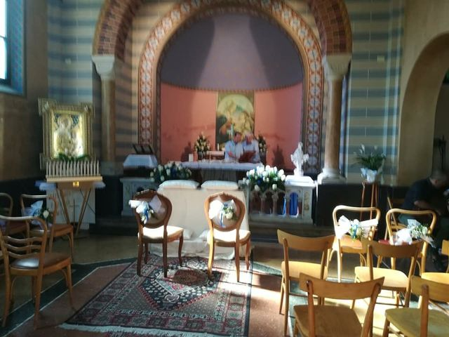 Il matrimonio di Simone  e Loretta  a Riccione, Rimini 25