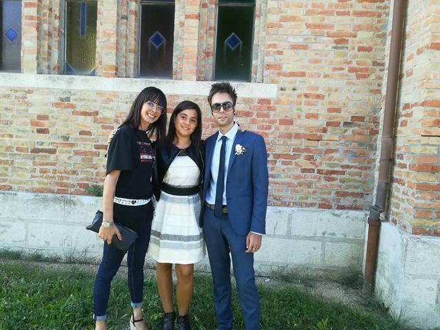 Il matrimonio di Simone  e Loretta  a Riccione, Rimini 27