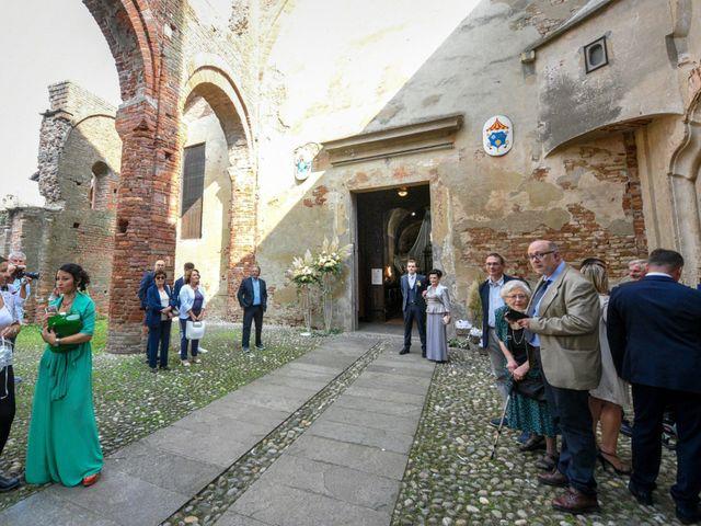 Il matrimonio di Davide e Debora a Lomello, Pavia 31