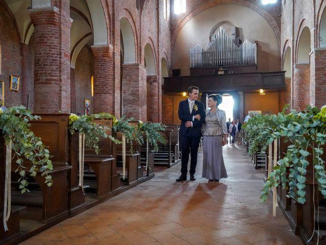 Il matrimonio di Davide e Debora a Lomello, Pavia 32