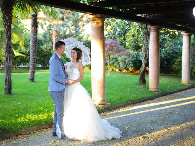 Il matrimonio di Iulian e Veronica  a Torino, Torino 11