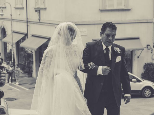 Il matrimonio di Leonardo e Guadalupe a Massa, Massa Carrara 17