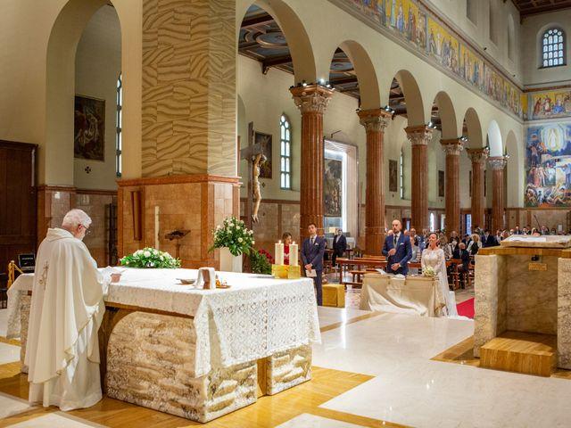 Il matrimonio di Matteo e Manuela a Erbusco, Brescia 18