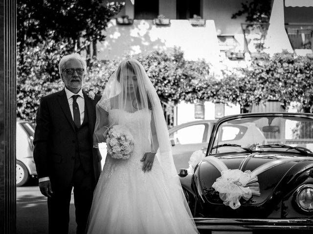 Il matrimonio di Fabio e Marielena a Lecce, Lecce 19