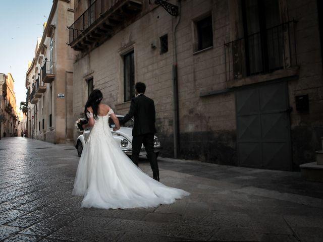 Il matrimonio di Fabio e Marielena a Lecce, Lecce 39