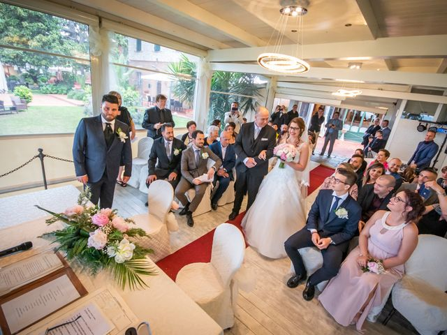 Il matrimonio di Andrea e Simona a San Giuliano Terme, Pisa 27