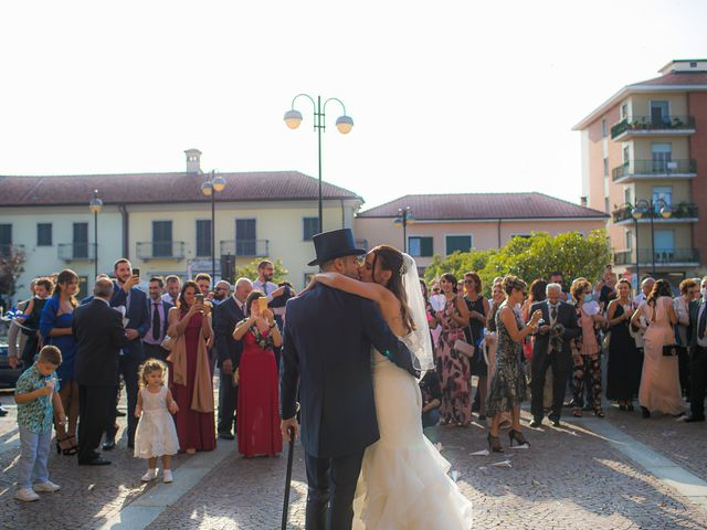 Il matrimonio di Michi e Denise a Cavour, Torino 16