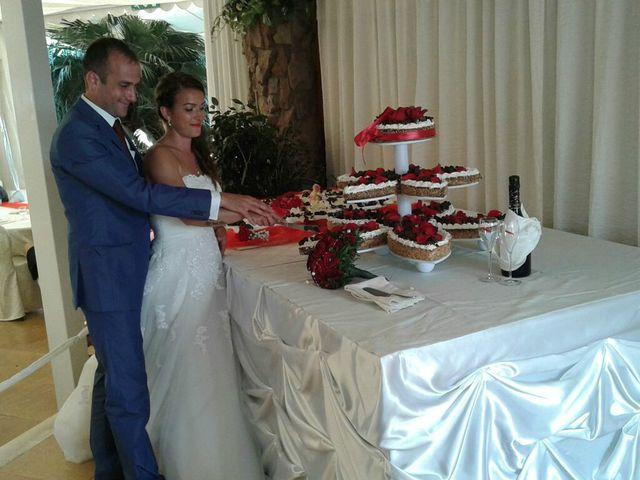Il matrimonio di Maria Giovanna e Renato Cristian a Seneghe, Oristano 8
