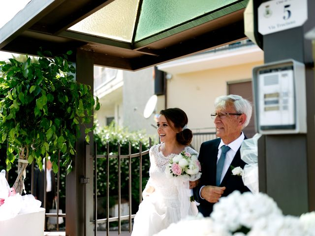 Il matrimonio di Giuseppe e Giovanna a Limatola, Benevento 13