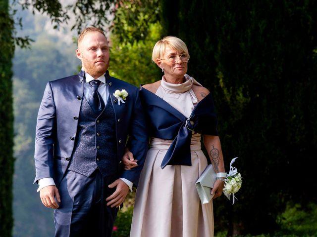 Il matrimonio di Michael e Veronica a Calolziocorte, Lecco 22