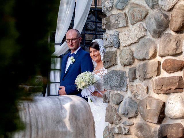 Il matrimonio di Michael e Veronica a Calolziocorte, Lecco 24