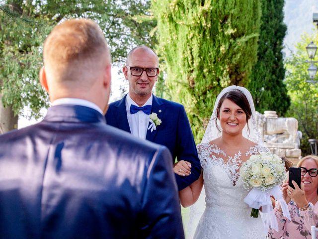 Il matrimonio di Michael e Veronica a Calolziocorte, Lecco 26