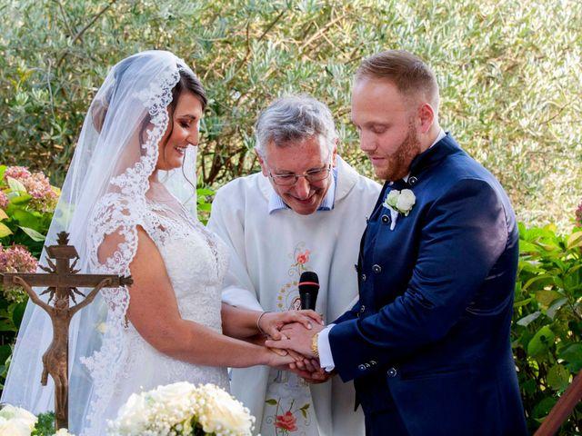 Il matrimonio di Michael e Veronica a Calolziocorte, Lecco 37