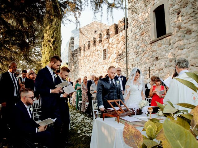 Il matrimonio di Michael e Veronica a Calolziocorte, Lecco 43