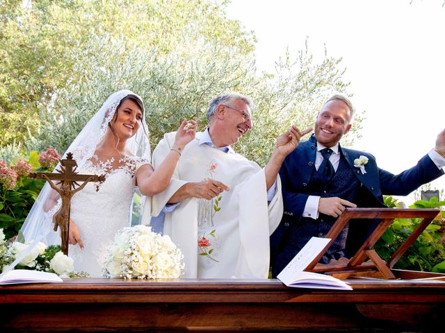 Il matrimonio di Michael e Veronica a Calolziocorte, Lecco 47