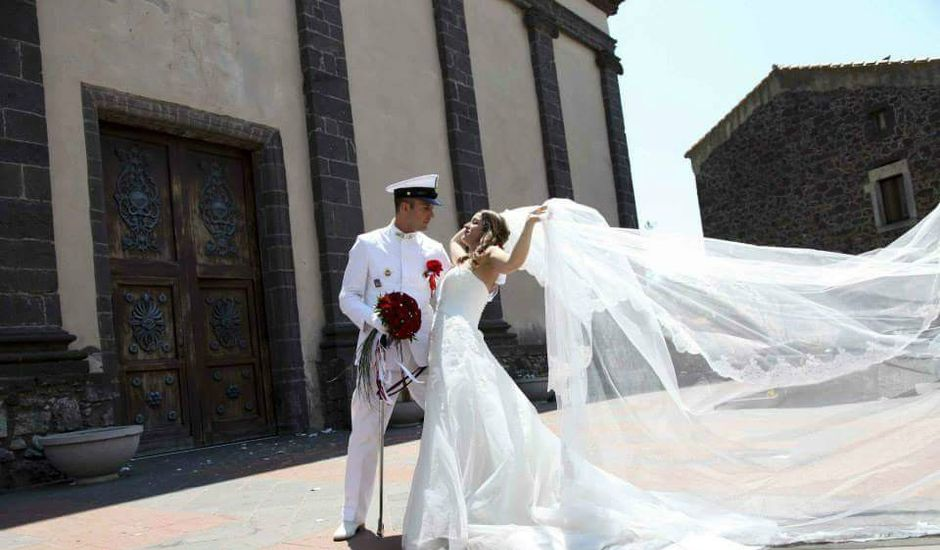 Il matrimonio di Maria Giovanna e Renato Cristian a Seneghe, Oristano