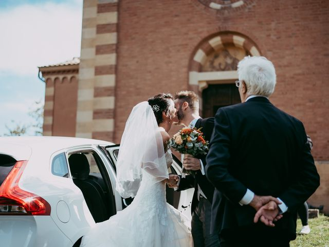 Il matrimonio di Davide e Chiara a Monte San Pietro, Bologna 35