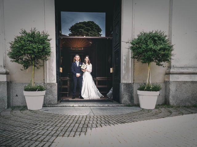 Il matrimonio di Matteo e Laura a Seregno, Monza e Brianza 25