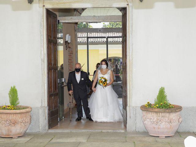 Il matrimonio di Alessio e Julia a Carnago, Varese 6
