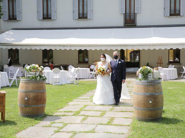 Il matrimonio di Alessio e Julia a Carnago, Varese 7