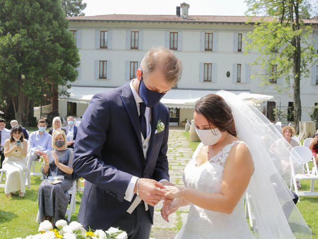 Il matrimonio di Alessio e Julia a Carnago, Varese 10