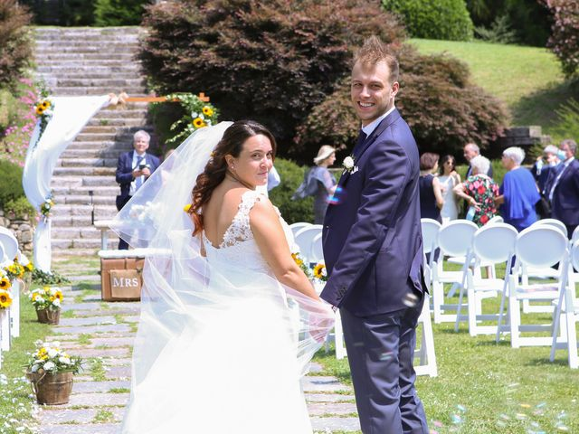 Il matrimonio di Alessio e Julia a Carnago, Varese 16