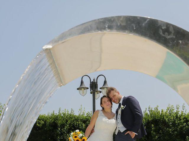 Il matrimonio di Alessio e Julia a Carnago, Varese 28