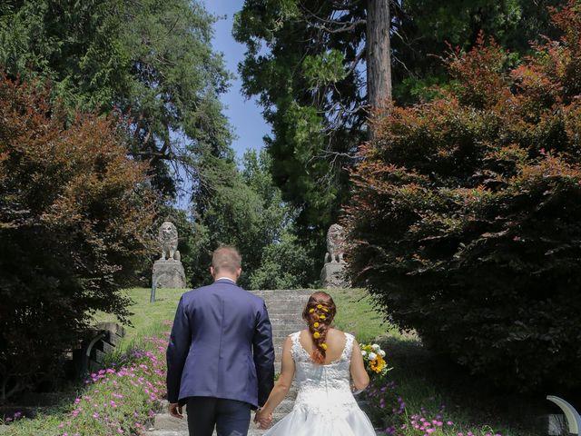 Il matrimonio di Alessio e Julia a Carnago, Varese 30