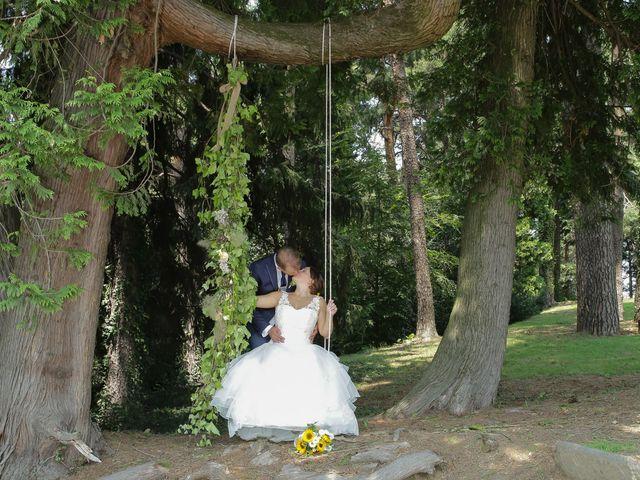 Il matrimonio di Alessio e Julia a Carnago, Varese 31