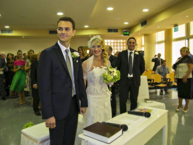 Il matrimonio di Emanuele e Tonya a San Benedetto del Tronto, Ascoli Piceno 22