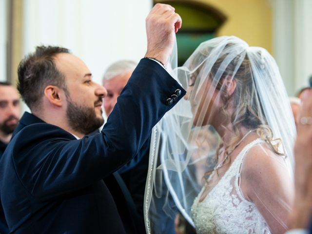Il matrimonio di Giuseppe e Claudia a Salandra, Matera 17