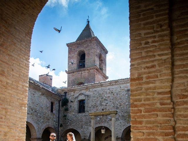 Il matrimonio di Giuseppe e Claudia a Salandra, Matera 22