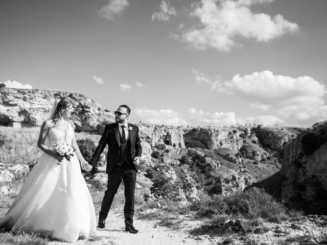 Il matrimonio di Giuseppe e Claudia a Salandra, Matera 27