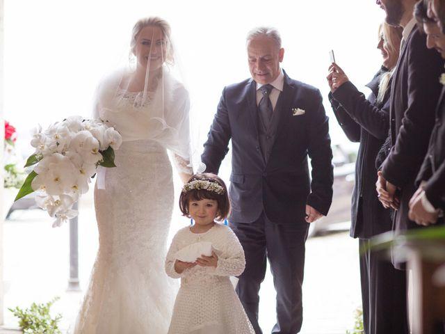 Il matrimonio di Enzo e Elena a Limatola, Benevento 11