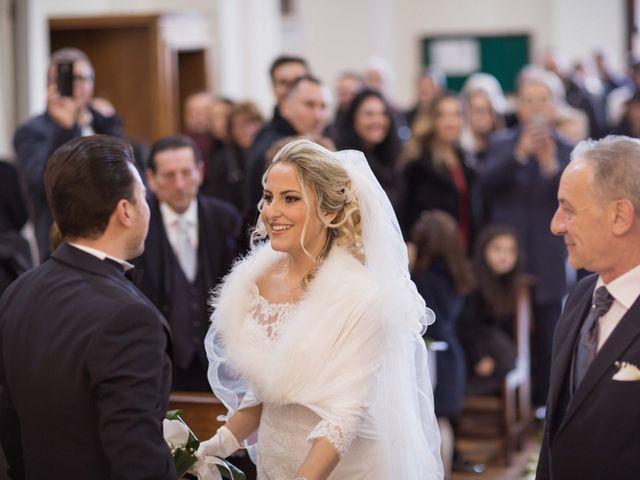 Il matrimonio di Enzo e Elena a Limatola, Benevento 12