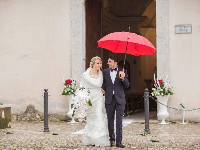 Il matrimonio di Enzo e Elena a Limatola, Benevento 24