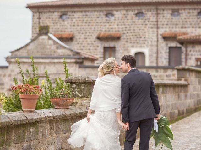 Il matrimonio di Enzo e Elena a Limatola, Benevento 25